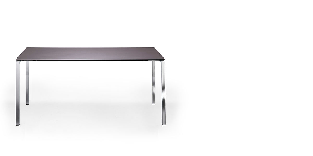 table 206 | frame made of square steel tube