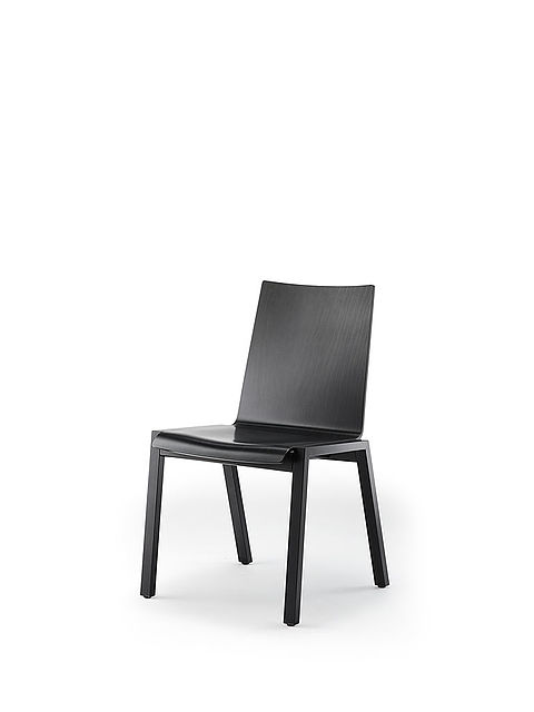 PAN | four-legged chair | varnished in black