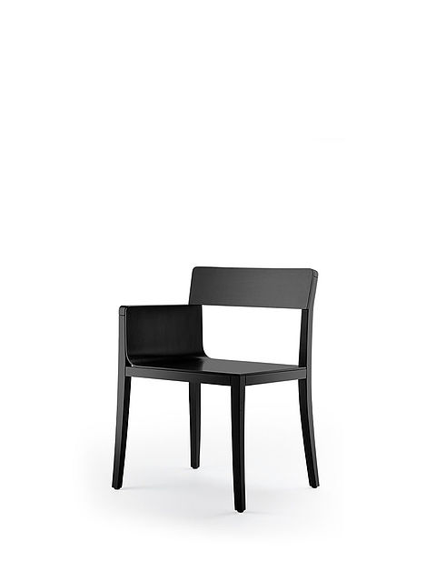 li-lith armchair | varnished in black