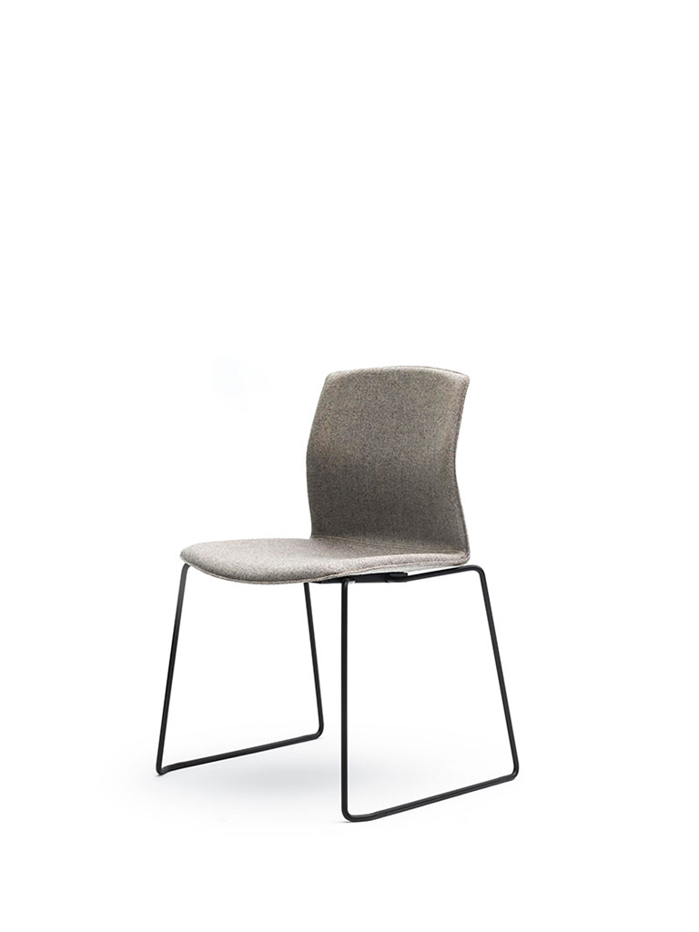 AKABA | Kabi Wire | skid-base chair | fully upholstered