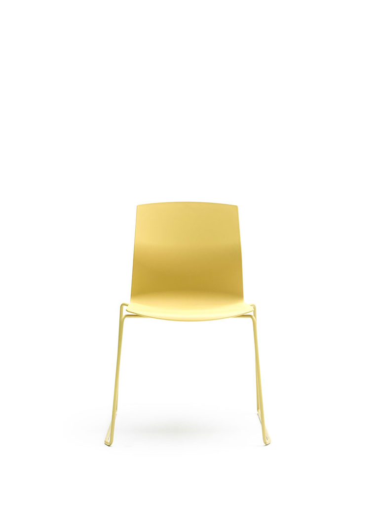 AKABA | Kabi Wire | skid-base chair | yellow