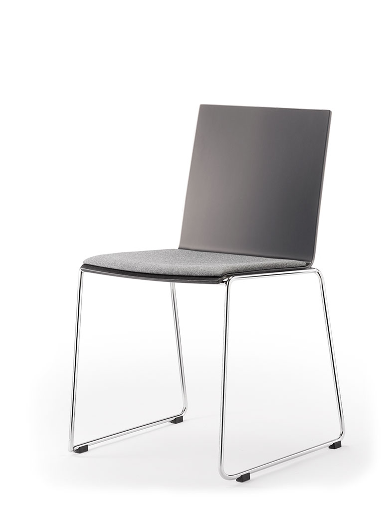 Eless skid-base chair | upholstered seat