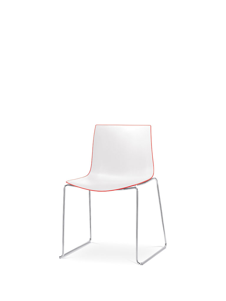 Catifa 46 by Arper | skid-base chair | polypropylene shell